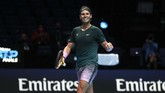 Rafael Nadal melangkah ke semifinal ATP Finals 2020 usai mengalahkan Stefanos Tsitsipas di O2 Arena, London, Kamis (19/11) malam waktu setempat.