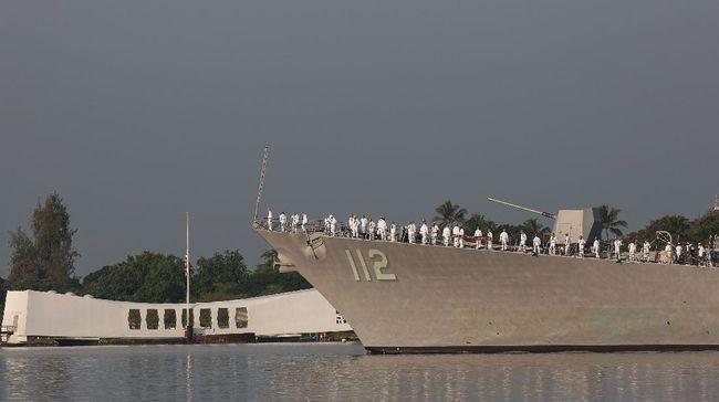 Kapal perang penghancur rudal USS Michael Murphy milik Angkatan Laut AS menjadi klaster baru virus corona.