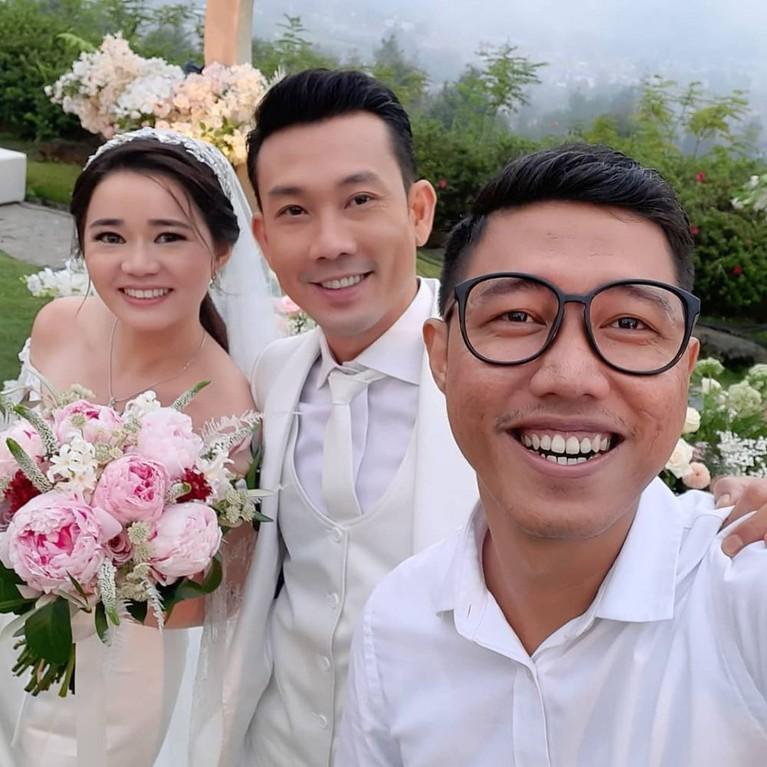 Momen pernikahan Denny Sumargo