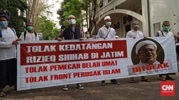 Kelompok pemuda di Surabaya yang mengatasnamakan dirinya Aliansi Cinta NKRI menyatakan sikap penolakan terhadap Rizieq Shihab jika berkunjung ke Jawa Timur.