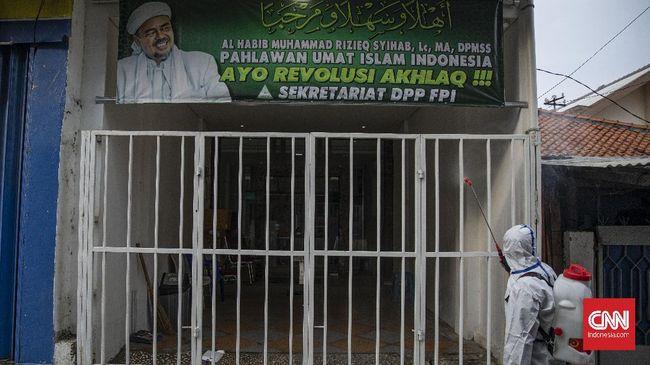 Kediaman Rizieq Shihab di Petamburan masih dijaga sejumlah laskar FPI, namun suasananya terlihat sepi.