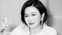 <p>Rosamund Kwan merupakan seorang aktris cantik asal Hong Kong, Bunda. (Foto: Instagram @rosamundkwan)</p>