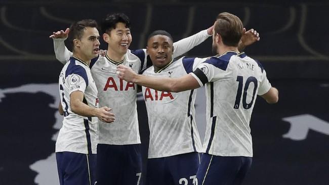 Tottenham Hotspur menang 2-0 atas Manchester City pada lanjutan Liga Inggris dan tetap berada di puncak klasemen sementara.
