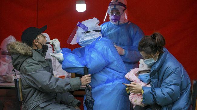 China telah mengkonfirmasi kasus pertama dari varian virus corona baru dari seorang perempuan yang kembali dari Inggris.