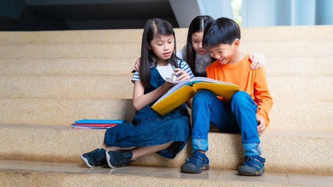 Berikut lima buku dongeng yang bisa Anda baca bersama anak, dari Na Willa hingga Suri Ikun dan Dua Burung.