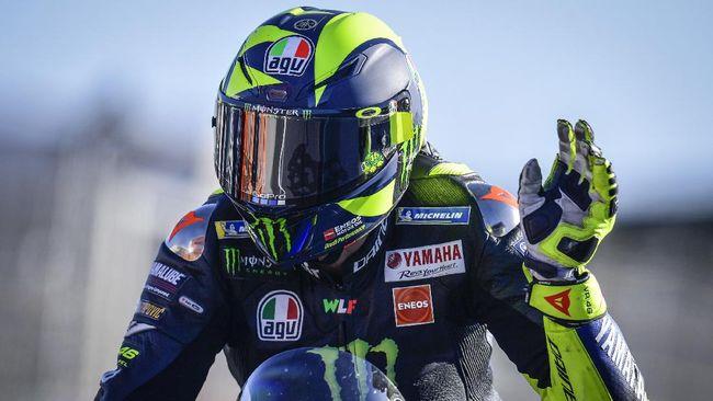 Andrea Dovizioso yakin bahwa Valentino Rossi masih jadi sosok besar di MotoGP meski terus menunjukkan penurunan.