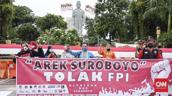 Arek Suroboyo menolak Rizieq Shihab karena tak ingin kehidupan masyarakat Jatim rusak oleh dakwah yang bernada provokasi, kebencian, dan kalimat tidak pantas.