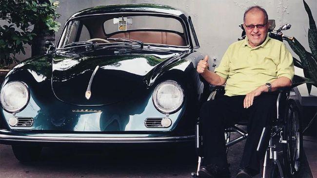 Helmy Sungkar, tokoh otomotif meninggal dunia pada Selasa (24/11/) pukul 06.10 WIB.