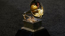 Beda Record of the Year dan Song of the Year di Grammy Awards