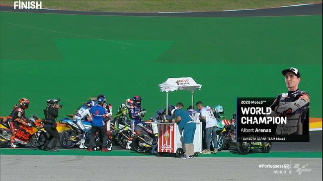 VIDEO: Albert Arenas Jualan Es Krim Juara Moto3