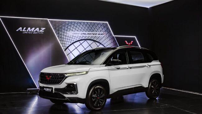 Wuling Almaz limited edition mendapat sentuhan ringan di eksterior. Harganya Rp351,8 juta on the road Jakarta.