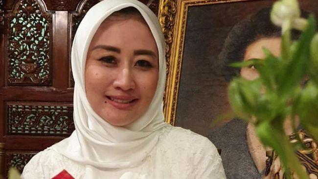 Selain istri Edhy Prabowo, Iis Rosita Dewi, hari ini KPK memanggil 10 saksi lain untuk mendalami kasus dugaan korupsi dalam izin ekspor benur.