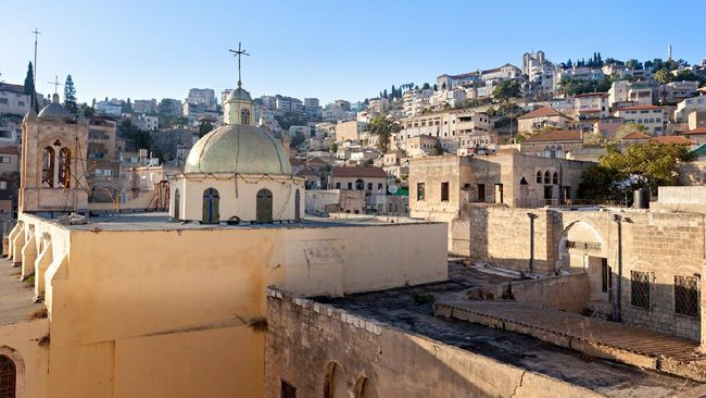 Pakar arkeologi Inggris, Prof. Ken Dark, meyakini berhasil menemukan rumah masa kecil Yesus di Kota Nazareth, Tepi Barat.