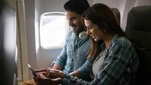 Alasan Ponsel Harus Dimatikan saat Pesawat Take off