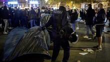 FOTO: Polisi Paris Dikecam Usai Bubarkan Tenda Pengungsi