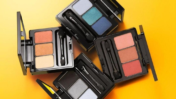 Rekomendasi Eyeshadow Palette dengan 3 Warna Kece