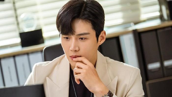 Selain Start Up, Inilah 5 Rekomendasi Drama yang Diperankan oleh Kim Seon Ho