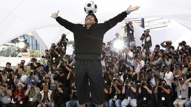 Kronologi Diego Maradona meninggal menjadi berita terpopuler di kanal olahraga CNNIndonesia.com dalam 24 jam terakhir.