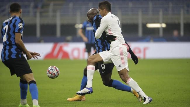Real Madrid menang 2-0 atas Inter Milan dalam matchday keempat Liga Champions di Stadion Giuseppe Meazza, Kamis (26/11) dini hari waktu Indonesia.