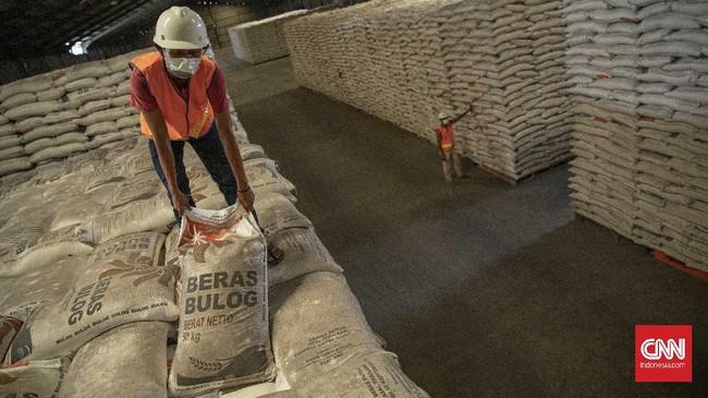Kementerian Pertanian memastikan stok beras akan mencukupi untuk kebutuhan konsumsi sebanyak 267 juta penduduk Indonesia.