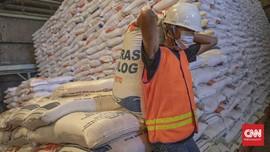 DPR Khawatir Beras Bulog Membusuk di Gudang Bila Ada Impor