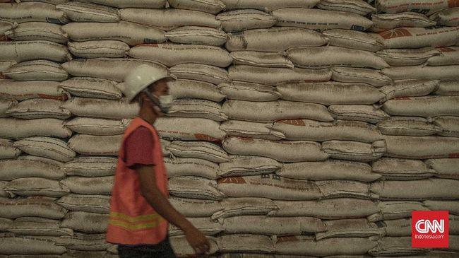 Menteri Pertanian Syahrul Yasin Limpo memprediksi persediaan beras dalam negeri surplus sebesar 6 juta hingga 7 juta ton pada akhir tahun ini.