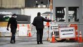 Hampir 650 jenazah yang meninggal karena infeksi virus corona di New York hingga saat ini masih tersimpan di dalam truk berpendingin.