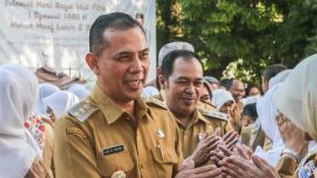 KPK menangkap Wali Kota Cimahi, Ajay Muhamad Priatna lantaran tersangkut dalam kasus dugaan korupsi izin pembangunan rumah sakit di Cimahi, Jawa Barat.