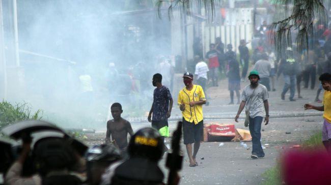 Laporan tahunan Amnesty International mendapati situasi Hak Asasi Manusia (HAM) di Indonesia memburuk sepanjang tahun 2020.