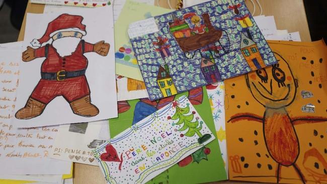 Setiap Hari Natal, ribuan anak beramai-ramai menuliskan surat untuk Santa Claus. Bagaimana tradisi ini dimulai?