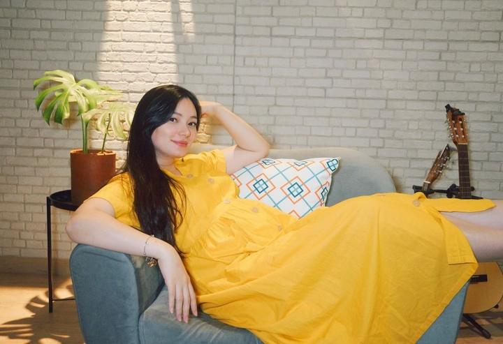 Maternity shoot Asmirandah.