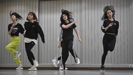 FOTO: Sisi Gelap Industri K-pop, Terjebak Mimpi Jadi Idol