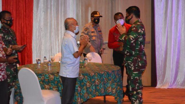 Panglima TNI Marsekal Hadi Tjahjanto menyatakan Papua dan Papua Barat akan semakin sejahtera dan maju karena memiliki semua yang dibutuhkan.