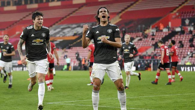 Manchester United menang dramatis 3-2 atas Southampton pada pekan ke-10 Liga Inggris di Stadion St. Mary's, Minggu (29/11).