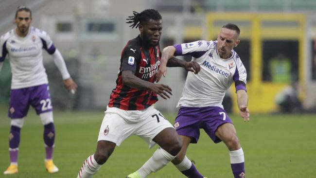 AC Milan menang 2-0 atas Fiorentina pada pertandingan pekan kesembilan Liga Italia di Stadion San Siro, Minggu (29/11).