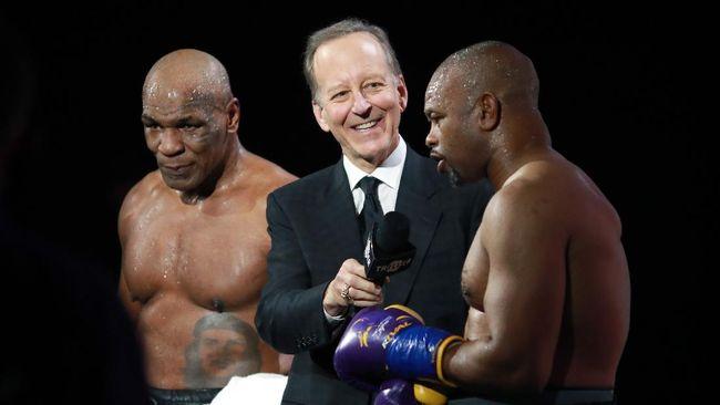 Pertarungan Mike Tyson vs Roy Jones Jr. diwarnai beragam meme kocak di media sosial yang dibuat netizen.