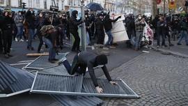 Hadapi Sidang Atas Serangan Rasial, 2 Polisi Prancis Dibui