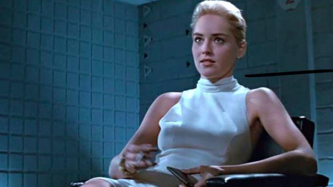 Sharon Stone buka-bukaan soal sedikit rahasia di balik adegan panas film Basic Instinct yang ia perankan 28 tahun silam.