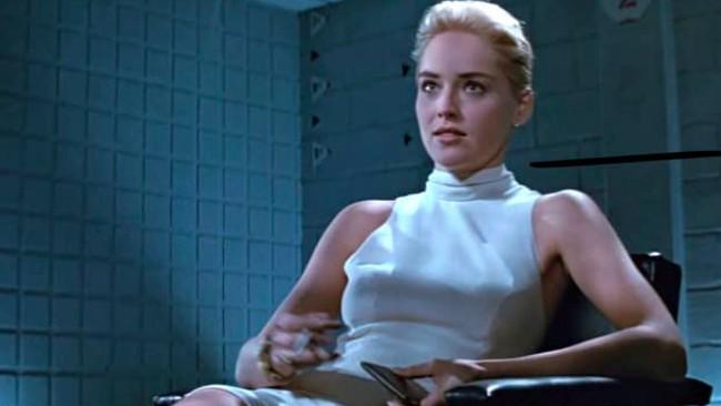 Sharon Stone dan Sekelumit Kisah Adegan Panas Basic Instinct