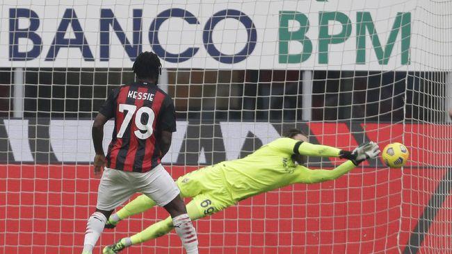 AC Milan berhasil mengalahkan Fiorentina dengan skor 2-0. Berikut empat kehebatan Milan usai mengalahkan La Viola.