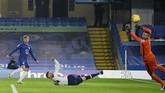 Duel Chelsea vs Tottenham Hotspur berakhir imbang. Berikut foto-foto pilihan dari laga tersebut.