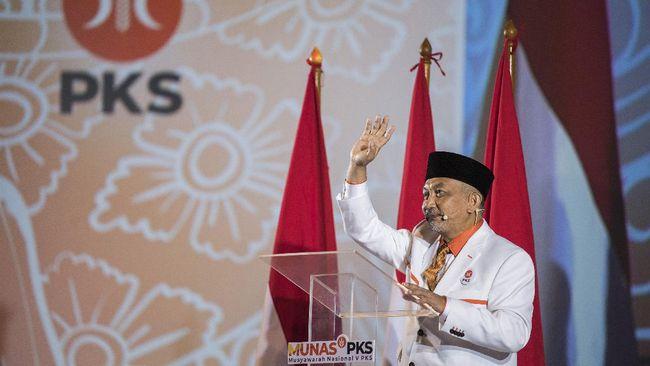 Kepala staf Presiden PKS mengonfirmasi mereka akan berbuka puasa bersama di markas DPP Golkar, dan membuka peluang membicarakan kerja sama politik.