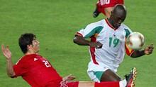 Papa Diop, Singa Dakar Penggebuk Prancis di Piala Dunia 2002