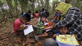 FOTO : Pendidikan Kampung Adat Batara di Banyuwangi