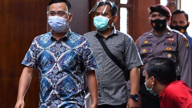 Sebelumnya, Andi Irfan Jaya, yang merupakan jaksa Pinangki Sirna Malasari, dituntut 2,5 tahun penjara.