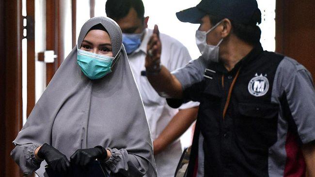Kejagung menyebut Pinangki Sirna Malasari sudah tak mendapat gaji sejak September 2020 dan tunjangan sejak Agustus 2020.