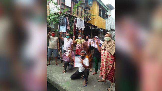 Pasangan calon wali kota Surabaya Eri Cahyadi dan calon wakil wali kota Armudji mendapatkan dukungan dari Tri Rismaharini selaku Ketua DPP PDI Perjuangan.