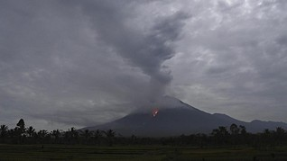 PVMBG: Erupsi Gunung Semeru Terjadi Tidak Terus-menerus