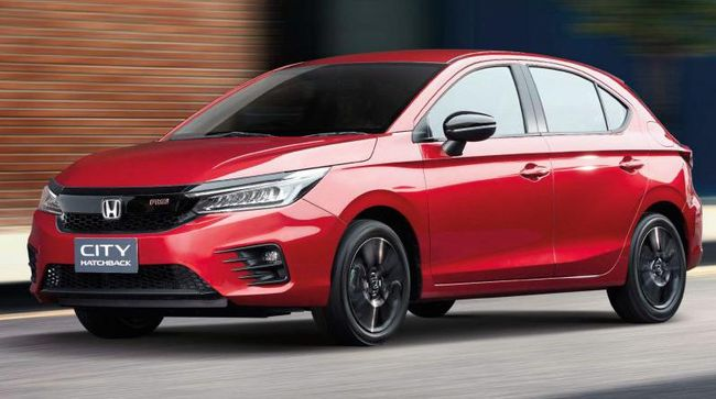 Tidak seperti di Thailand yang memakai mesin turbo, konsumen Honda City Hatchback di Indonesia diberi pilihan mesin konvensional 1.500 cc.