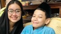 """<p>Pada 22 November lalu, anak semata wayang Selfi Nafilah dan Iwa K dikhitan, Bunda. Pedangdut 35 tahun ini pun mendoakan, """"<em>Semoga Sehat & suksesss anak ku.</em>"""" (Foto: Instagram @selfinafilah)</p>"""